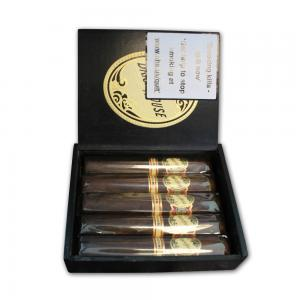 Brick House Maduro Robusto Cigar - Box of 5