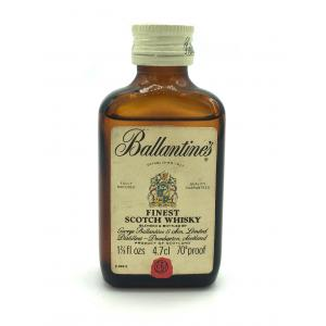 Ballantines Finest Scotch Whisky Miniature - 1 2/3 FL.OZ 70 Proof